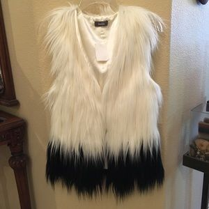 NWT~NEIMAN MARCUS Faux Fur Long Hair Vest-Small